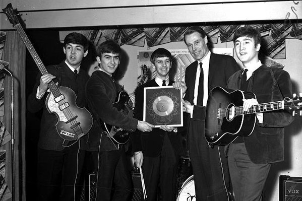 george-martin-beatlesaward
