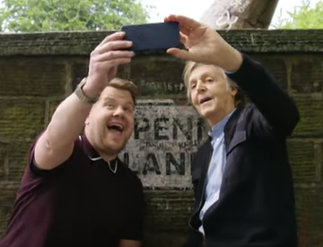 Paul McCartney at Penny Lane selfie